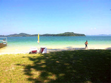 Relaxing on Koh NakhaNoi by Phuket Tour Provider